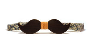 Nœud Papillon en Bois Moustache